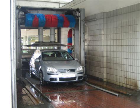 Polieren In Der Waschanlage by Autopflege Lack Polieren Auto Waschen Reinigen Scheiben