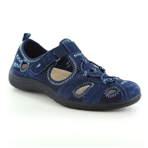 earth spirit wichita womens leather walking shoes navy blue