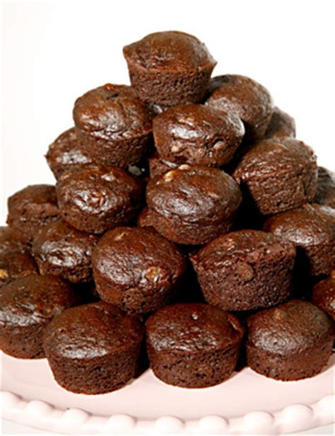 Would You Rather Eat A Brownie Or A Blondie by Only Date Guys Who Eat Brownies Single Soundoff