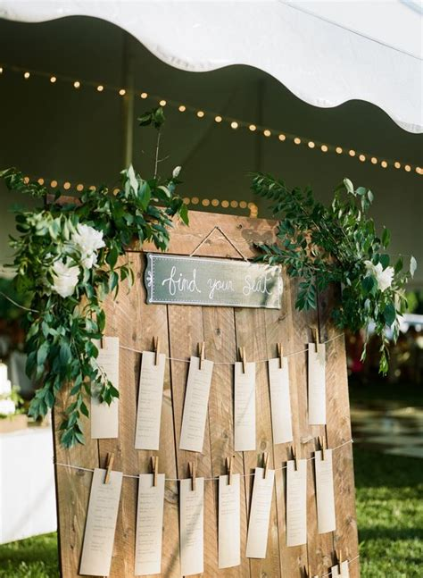 rustic wedding seating plan 25 best ideas about rustic seating charts on