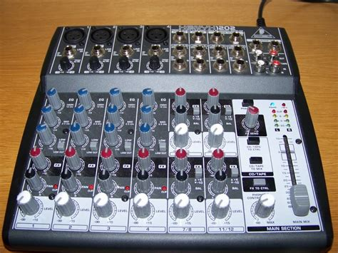 Mixer Audio Behringer 1202 behringer xenyx 1202 image 79095 audiofanzine