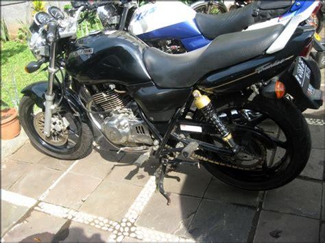 Original Cover Pe Nutup Batok Spion Hilux Sudah Ada Warna welcome new bike and new thunder 250 diary