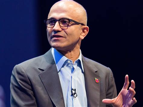 microsoft ceo satya nadella flew to chicago to finish mba