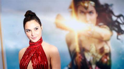 film jenderal sudirman tayang di bioskop diperankan aktris israel wonder women dilarang tayang di