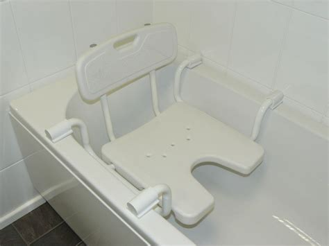bathtub seats elderly bathtubs and accessories for the disabled and the elderly