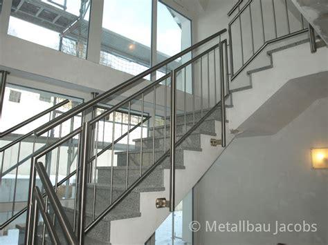 Edelstahlgeländer Treppenhaus by Metallbau Absturzsicherungen Durch Gel 228 Nder Und