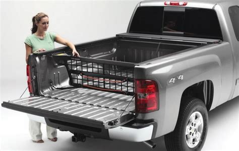 truck bed divider roll n lock cm810 cargo manager rolling truck bed divider