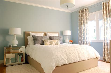calm and simple beach house interior design by frederick stelle digsdigs 简约小户型主卧室装修效果图 土巴兔装修效果图
