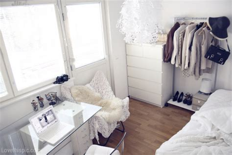 white bedroom ideas tumblr overhead view of white room pictures photos and images