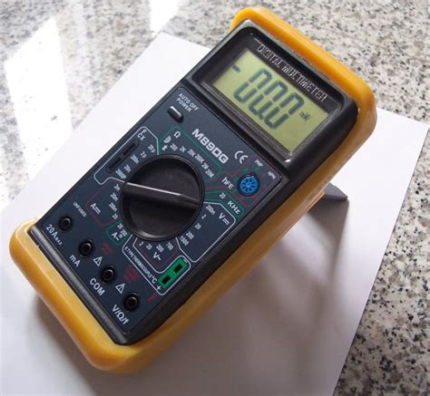 test a capacitor with multimeter digital multimeter dmm capacitor tester type k thermocouple ammeter volt meter