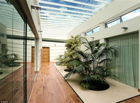 the 163 3 3million 3 bedroom home former daily mail house