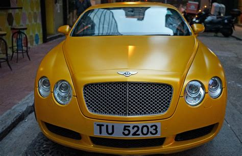 matte gold bentley hong kong private tours the peninsula hotel christmas