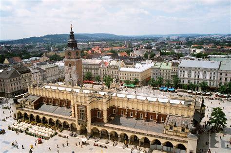 deutsche bank szczecin file krakow rynek 02 jpg wikimedia commons