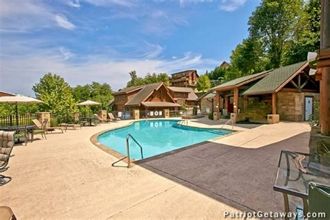 mountain escape   pigeon forge cabin rental