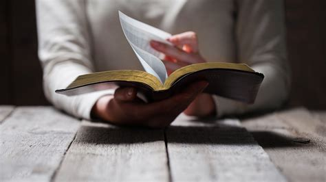 How To Read The Bible how to read the bible for yourself desiring god