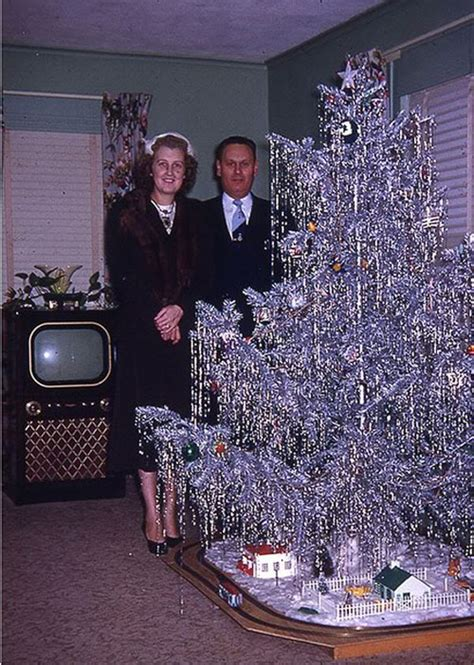 1950s aluminum christmas tree what became of aluminum trees atomic toasters