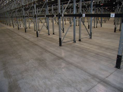 pavimenti in cemento lisciato pavimenti industriali in calcestruzzo e o rivestimento