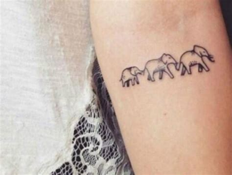 small family tattoos 16 tiny ideas with big meanings my style