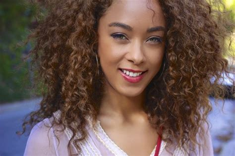 light brown hair on black women meet swirl girl icon chaley rose swirl girl army