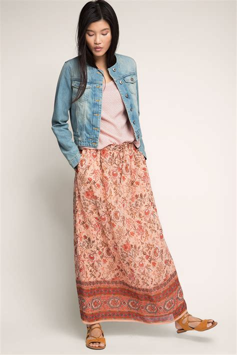 edc maxi skirt made of flowing fabric at our shop
