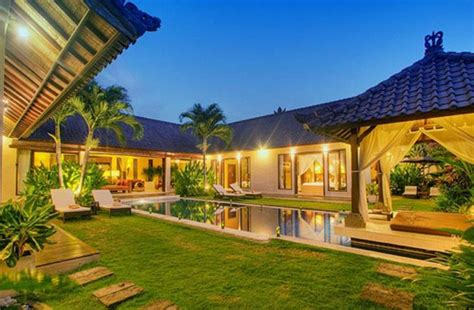 Garage Style Homes by Tropical House Design Beautiful Tropical House Design