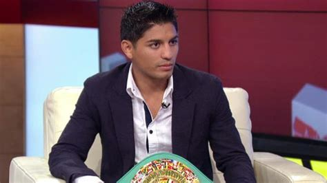 abner mares haircut julio cesar chavez book covers