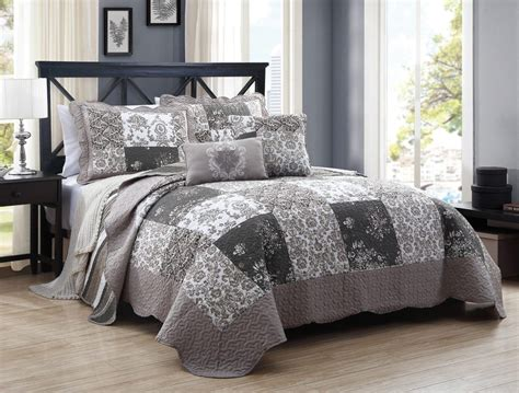 bedroom king size quilt sets with grey wall design and small glass windows also grey carpet for grey bedspread winchester grey bedspread grey bedspread