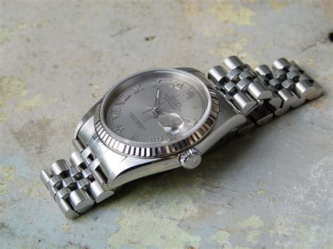 Rolex Daejast Gold Romawi For jam tangan for sale rolex datejust ref 16234 ca 2002 sold