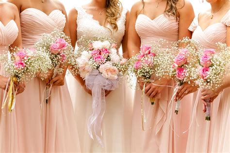 Of Wedding Flowers by Wedding Flowers Global