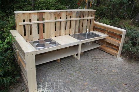 Simple Outdoor Kitchen Ideas Die Neue Matschk 252 Che F 246 Rderverein Kita Wiesen 228 Cker