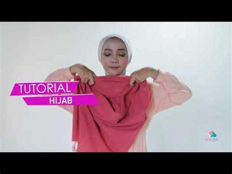 jilbab instan amira