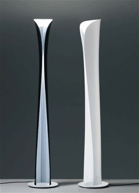 Le Halog Ne Sur Pied 3225 by Halogene Design Halogene Design Ladaire Halogene