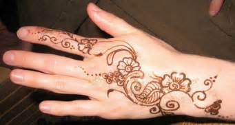 30 easy amp simple mehndi designs amp henna patterns 2012