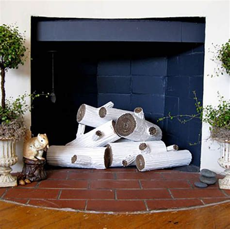 Paper Fireplace Logs by 1000 Ideas About Cardboard Fireplace On