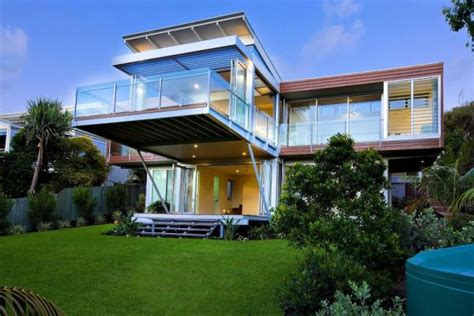 modern marcus beach house  robinson architects  queensland