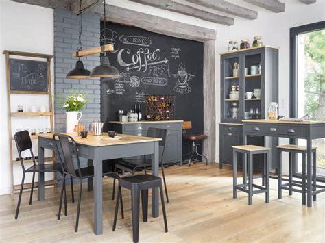 Tableau Cuisine Ardoise by L Esprit Tableau Noir En Ardoise Dans La Cuisine Joli Place