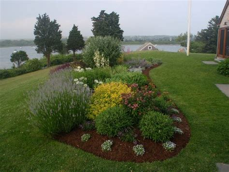 Landscape Shaped Pictures Jaw Dropping Flower Beds Arrangements And Landscape Designs