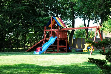child friendly backyard how to create a truly child friendly backyard