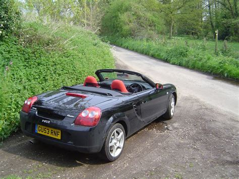 toyota mr2 toyota mr2 roadster review 2000 2006 parkers