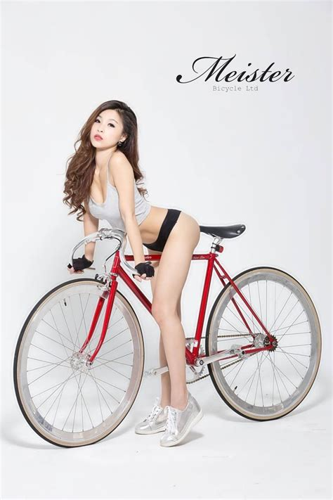 hot girls on fixie bikes 186 best beauty cyclist images on pinterest bicycles
