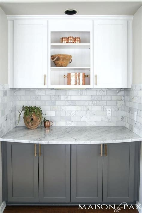 backsplash for white kitchen cabinets gray and white and