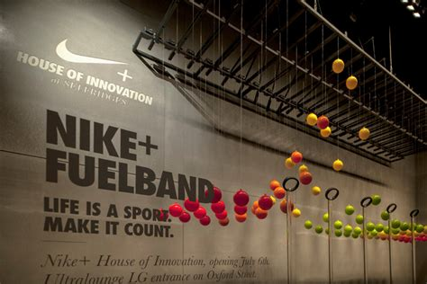 nike kinect interactive window display by staat