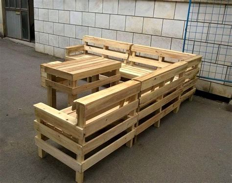 Handmade Pallet Furniture - diy pallet patio or outdoor furniture set 101 pallets