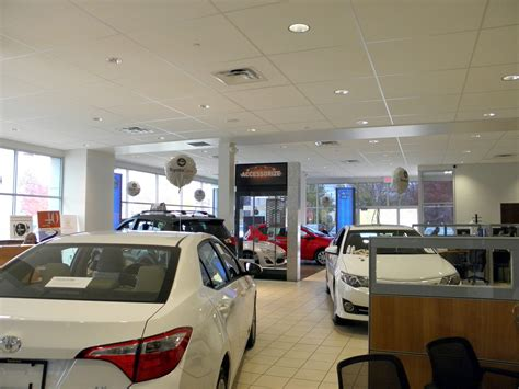 toyota showroom about dunning toyota ann arbor new toyota and used car