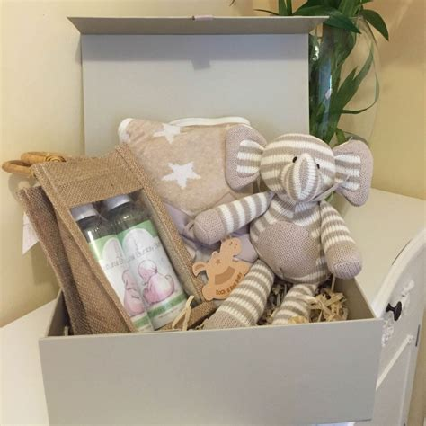 Gift Boxes For Baby Shower by New Born Baby Gifts And Baby Shower Gift Boxes For Boys