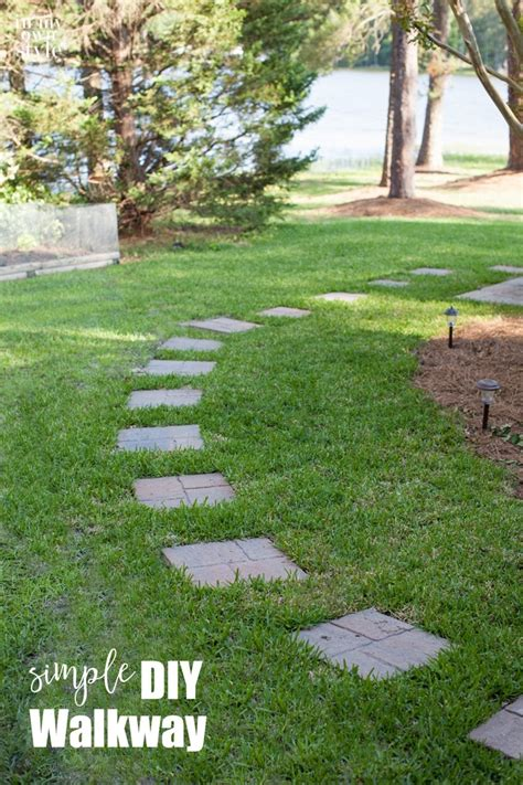 Easy Diy Projects For Home Decor by Simple Paver Stone Walkway In My Own Style