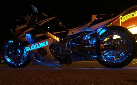 Car Wallpaper For Moto E by Suzuki Motorcycles 3072x2304 Wallpaper Motorcycles