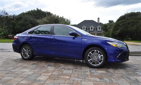 2015 toyota camry xle hybrid 2015 toyota camry se hybrid review