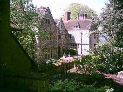 goring street scene george michael s house the mill flint house goring on thames 169 stephen marsden