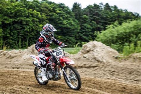 Motocross Einstieg Motorrad by Motocross Motorrad Und Enduro Fahren Im Gel 228 Nde Bild